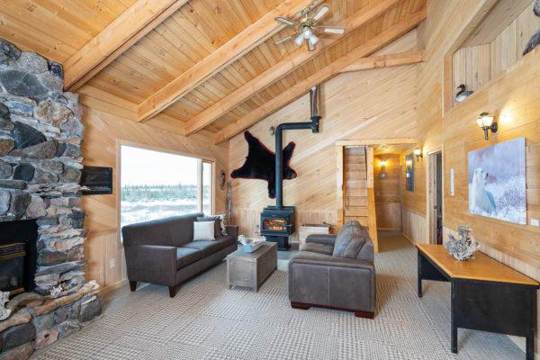 Lounge at Dymond Lake Ecolodge. Scott Zielke photo.